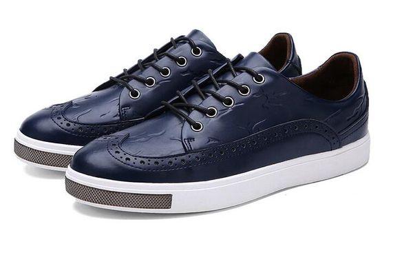 2019 scarpe da uomo in pelle intagliate pugno corrispondenza dei colori scarpe casual brogue testa rotonda cravatta scarpe con fondo piatto