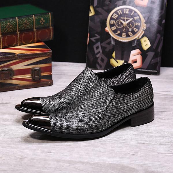 Homens Mocassins Design de Moda Clássico de Metal Apontou Toe Homens Sapatos Baixos Novos Sapatos De Casamento E Festa