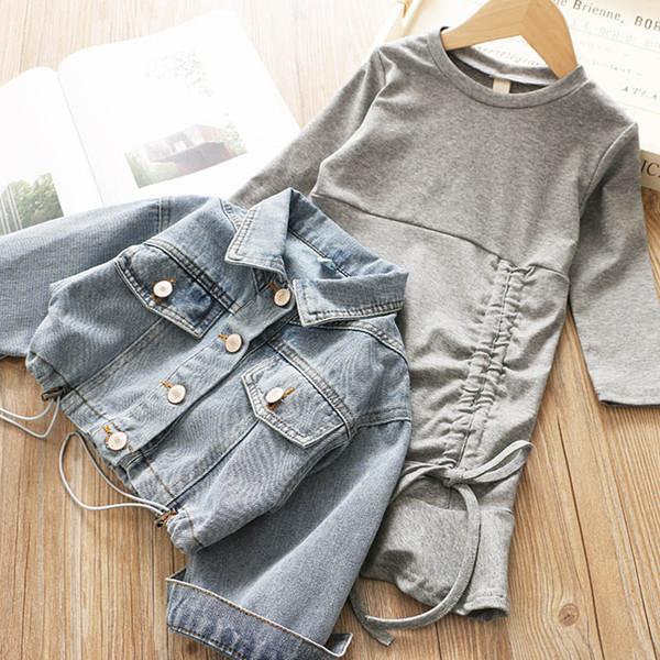 Новые девушки костюмы детский бутик одежда детская дизайнерская одежда девушки наряды мода джинсовая куртка + платья 2 шт. Детские наборы одежда для девочек A7508