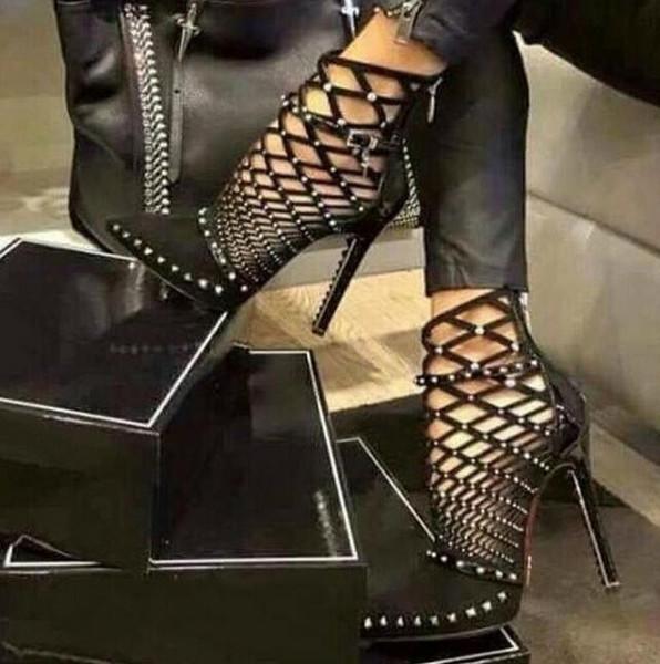 Luxus Nieten Pumps Markendesigner Pumps Damen Sandalen High Heels Damen Nieten Schuhe 12cm Eleganter schwarzer Bankettschuh