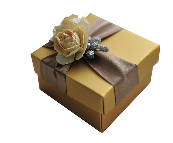 Elegant Golden Candy Box With Gold Rose and Ribbon Wedding Gift Party Favor Boxes New