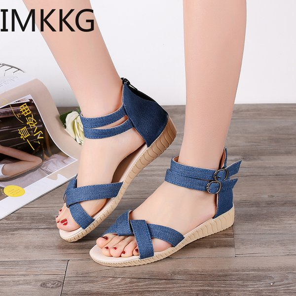 Summer Women Sandals Narrow Band Buckle Design Cover Heel Flat With Shoes Female Gladiator Flats Q00108