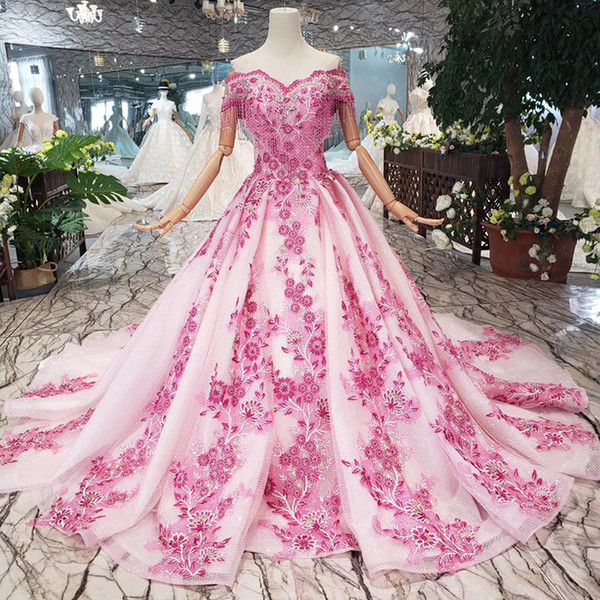 2019 Latest Luxury Lebanon Evening Dresses Short Sleeve Sweetheart Neck Lace Up Back Crystal Beaded Chest Decoration 3D Applique Prom Gowns