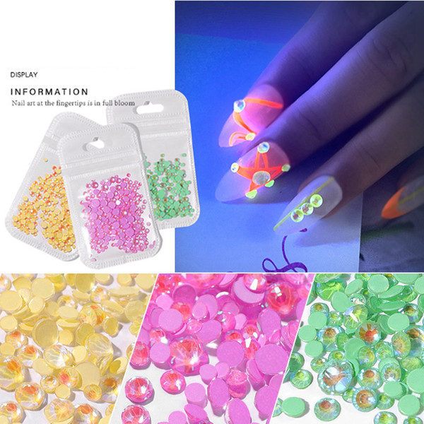 top popular Luminous 3D Crystal Nails Art Rhinestone Flatback Glass Nail art Decoration 3D Glitter Diamond Drill Makeup Tools RRA2078 2021
