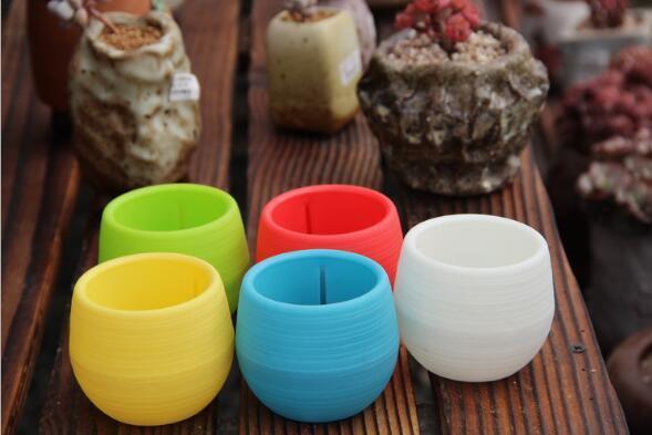 7*7cm Mini Flower Pots Multi Colors Round Plastic Planters Leak Water Hoe Design Succulent Plants Garden Pot Hot Sale H053