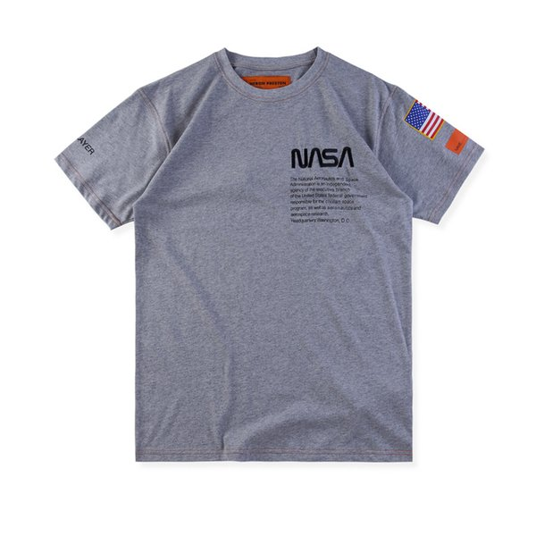 Camisetas de diseño para hombres astronauta estadounidense de la NASA Heron Preson hombres y mujeres pareja cuello redondo hip hop suelta camiseta de manga corta verano