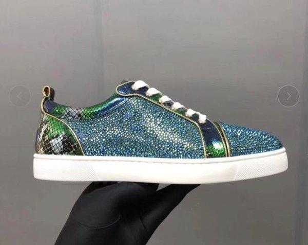 Designer Chaussures de sport en bas Rouge Spikes plat Suede Sneakers Velours gris fer hommes formateurs Parti cuir véritable 100% chaussures mn1896014