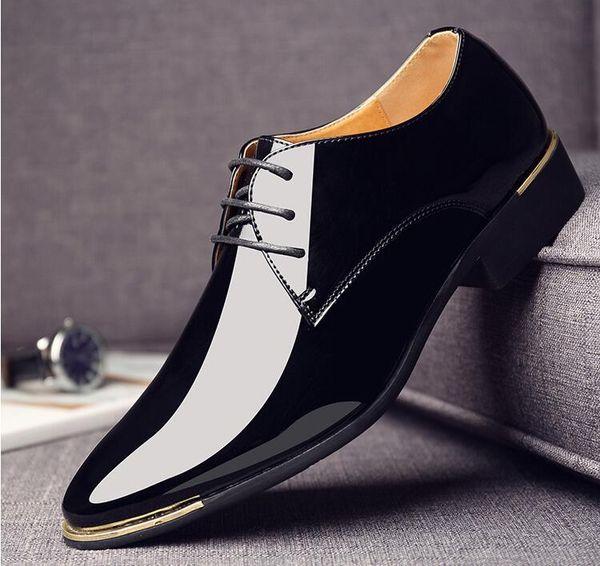 Marque De Haute Qualité Hommes Oxfords Hommes En Cuir Habillé Chaussures De Mode Hommes D'affaires Robe Pointu Chaussures De Mariage