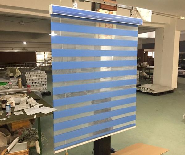 Zebra Blinds Window Window Shade Tenda a doppio strato Tende da finestra Taglio su misura Tende grigio scuro per soggiorno
