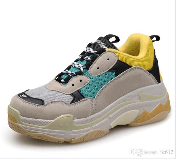 HOT 2018 Moda Paris 17FW Triplo-S sapatos Sneaker Triplo S Casuais Luxo Pai Sapatos para Mulheres Dos Homens Bege Preto Tênis De Esportes 36-