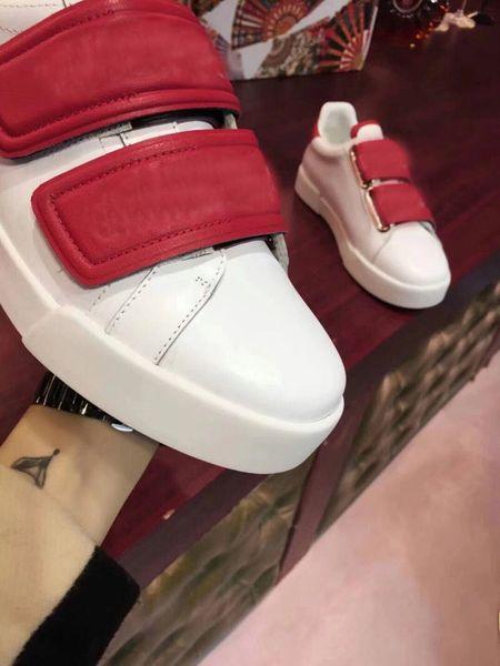 Novos sapatos casuais para homens e mulheres nobres sapatos sapatos de plataforma bonita para designers de moda vestido de cor sólida de couro