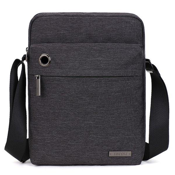 Новый досуг на открытом воздухе сумка Корейская простого стиля мужских вертикальная диагональные сумки на ремне с наушниками отверстием сумкой