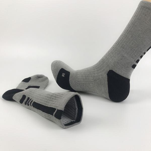DHL Free USA EU Size Basketball Soccer elite quick-drying socks Long Knee Athletic Sport Socks Men Fashion Thermal Socks sweat proof