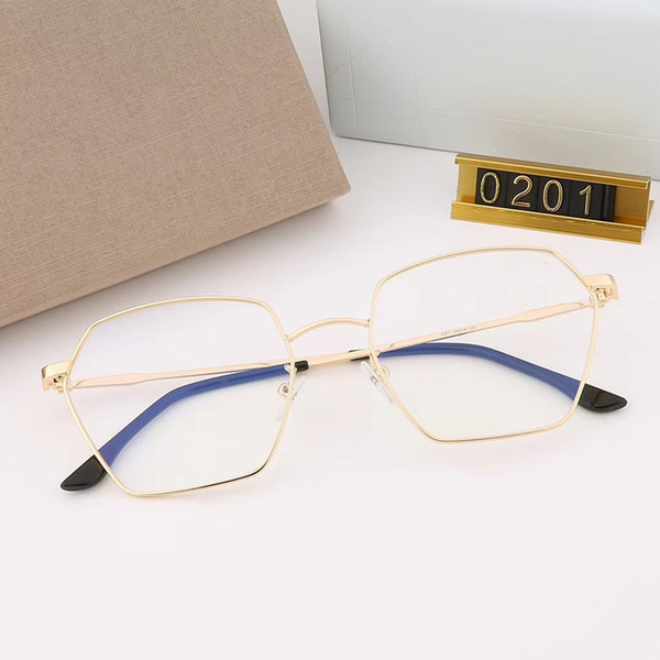 Las 2018 nuevas gafas planas anti-blue ray se pueden combinar con las gafas de miopía modelo: 0217 color: 5 colores