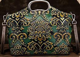 19 free shipping European and American brand new embossed fashion hand-held leather vintage handbag shopping bag