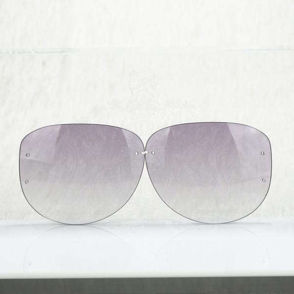 Lentille Ovale Violet