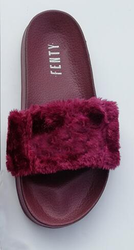 Leadcat Fenty Rihannas Pantoufles En Fausse Fourrure Femmes Filles Sandales Mode Poignets Noir Rose Rouge Gris Bleu Diapositives Haute Qualité Avec La Boîte