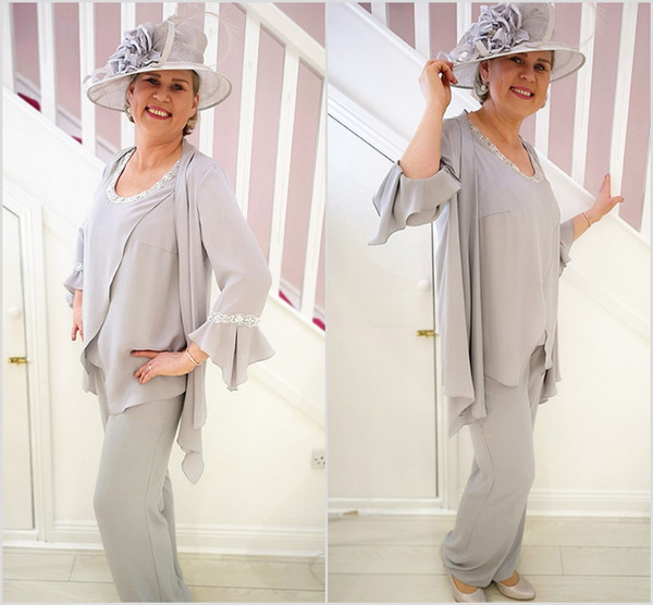 Plus Size Silver Pantsuits Mother Of The Bride Dresses With Jacket Scoop Neck Prom Dress Chiffon Formal Wedding Guest Gowns Cheap
