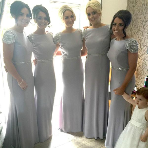 2020 Listones de cristal gris largo de dama de honor vestidos de la manga casquillo de longitud de la envoltura del partido de las muchachas vestidos de novia vestido de visitantes por encargo