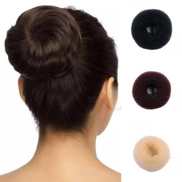 Grosshandel 4 Grossen Frauen Magic Hair Shaper Donut Frisur Ring Knospen Zubehor Werkzeuge Schwarz Braun Beige Sticks Mode Von Guaye 33 1 Auf