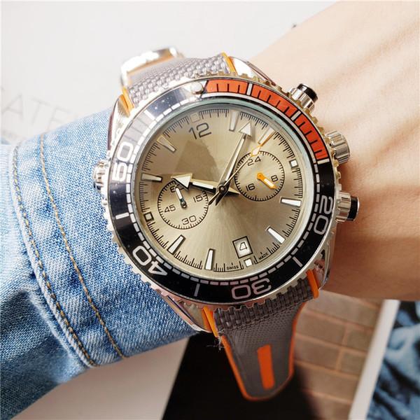 Yeni Saatler Çalışan Kronometre Lüks Erkek Saatler Serin Su Geçirmez Saatı Takvim Kuvars Moda İş Erkekler İzle