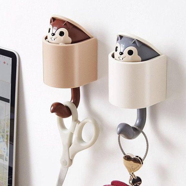 Outstretch Squirrel Shape Wall Hanging Hook for Kitchen Bathroom Decoration