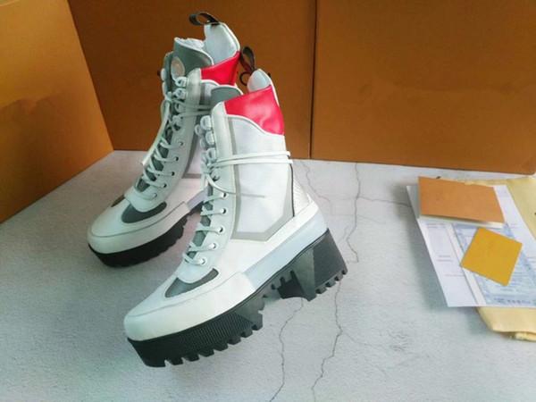 Martin Desert Boot botas de diseño vaquero para mujer botas de invierno flecha de amor 100% flamencos talón de cuero reales medalla de alta resistencia única xyh18092013