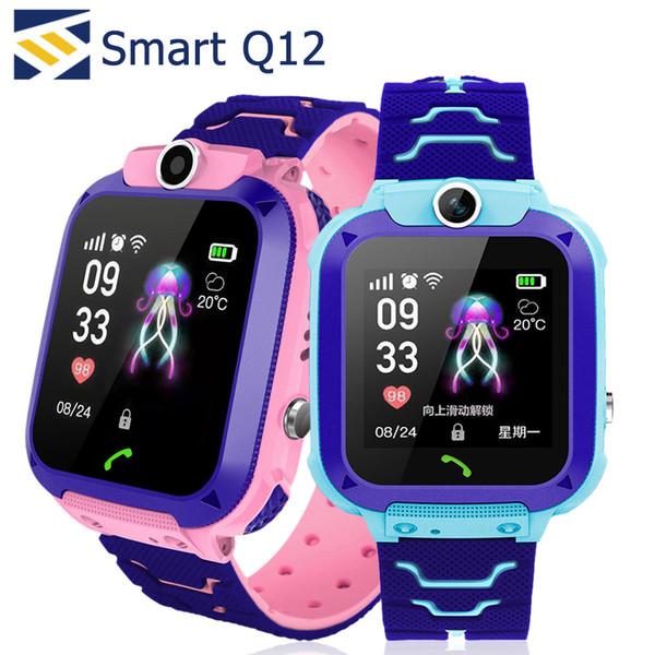 Reloj inteligente para niños Q12 Niños GPS Estudiante Relojes de pulsera inteligentes Cámara de reloj inteligente SOS IP67 Llamada SIM para Android IOS Mejor regalo PK DZ09 GT08