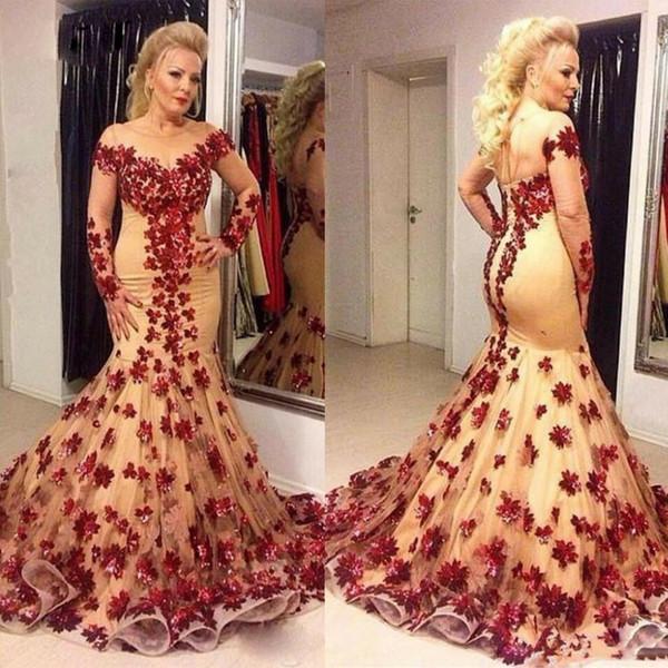 Modern Scoop Mermaid anne Gelin Elbiseler El Yapımı Çiçek Lace Up Geri Abiye giyim Sweep Tren kadın Örgün Giyer