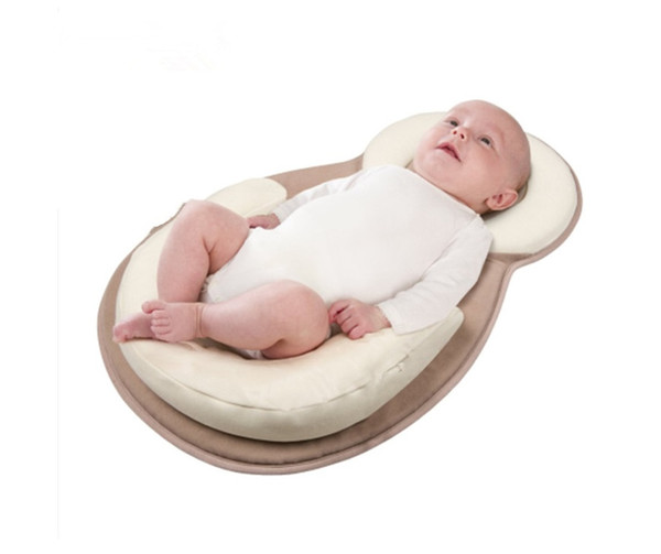 top popular Portable Baby Bed Mattress Baby Pillow For Newborn and Infant Head Syndrome Prevention Anti Roll Adjustable Size 2021