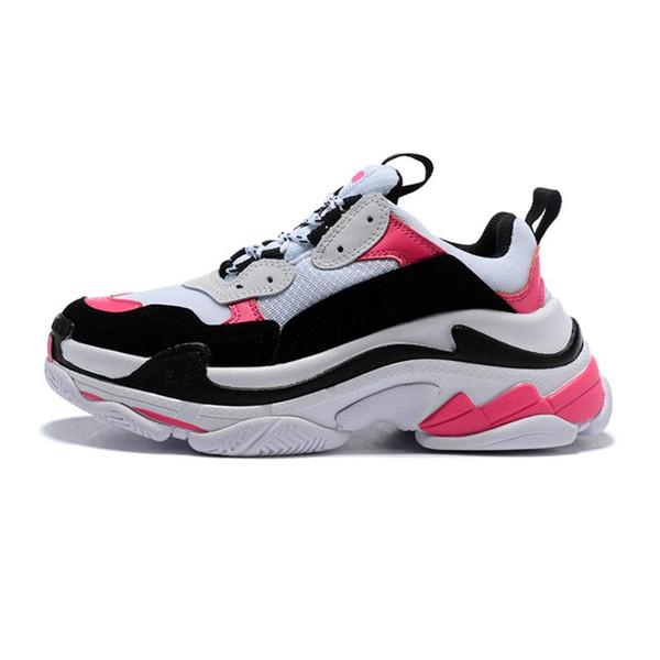 Fashion designer Paris 17FW Triple s Sneakers for men women black red white green pink Casual Dad Shoes tennis increasing shoe