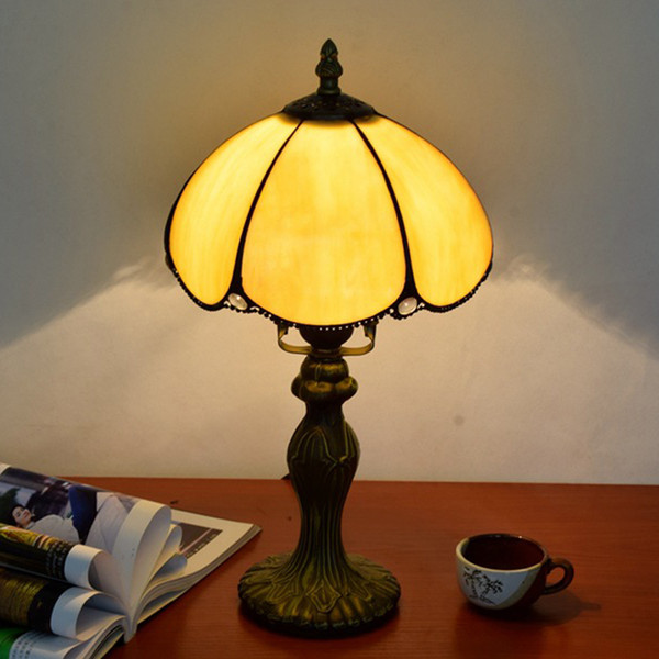 top popular Free shipping European simple table lamp retro Tiffany yellow glass table lamp restaurant bedroom bar hotel bedside table lamp TF075 2021