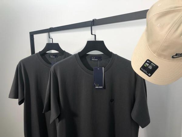 19ss Paris Designer Simples logotipo Blusa lazer Camiseta Respirável de manga curta Tshirt Das Mulheres Dos Homens blusas Casual Ao Ar Livre Streetwear Tshirts