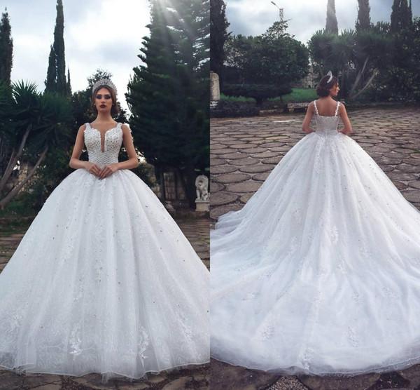 Luxury Crystals Ball Gown Arabic Wedding Dresses 2019 Vintage Lace Sequined Beaded Plus Size Muslim Dubai Vestido De Novia Bridal Gowns