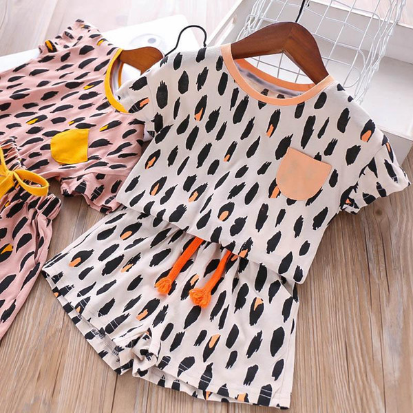 Nouveau Enfants Ensembles Mode enfants designer vêtements léopard casual Filles Tenues Été lâche T shirt + Shorts Enfants Costume Enfants Vêtements A4565