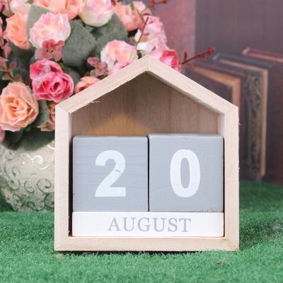 top popular wholesale fashion Vintage Design House Shape Perpetual Calendar Wood Desk Wooden Block Home Supplies Decoration Artcraft gift new year 2020