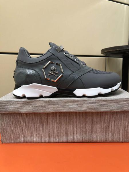 Novo Designer de marca famosa Homem Sapatos Casuais Plana Kanye West Moda Couro Enrugado Lace-up Low Cut Formadores Runaway Arena Sapatos 38-44 13306