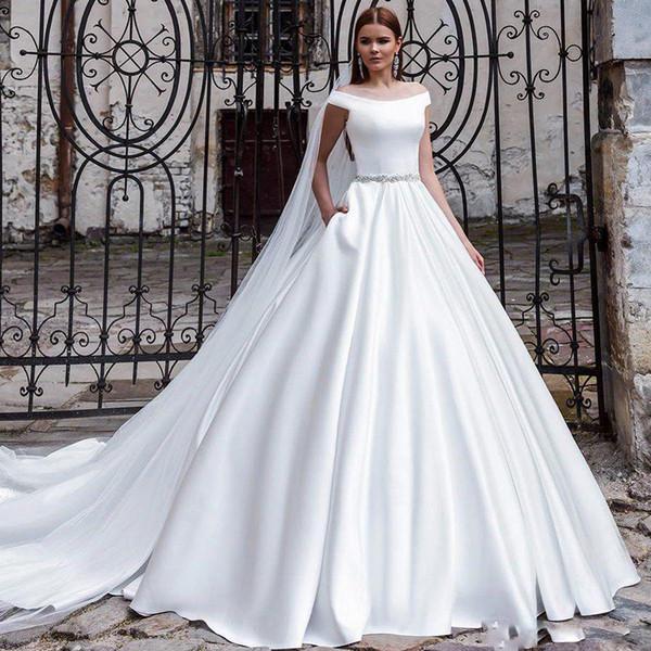 Vestido de novia Tallas grandes Vestidos de novia 2019 Bateau cuello Sin mangas Barrido Fajas de satén Botón cubierto Vestidos de novia de boda modestos