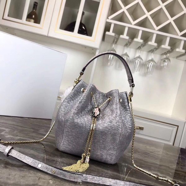 Designer handbags, Female bag,high quality luxury backpack, factory direct sales of top bags.Free global freight