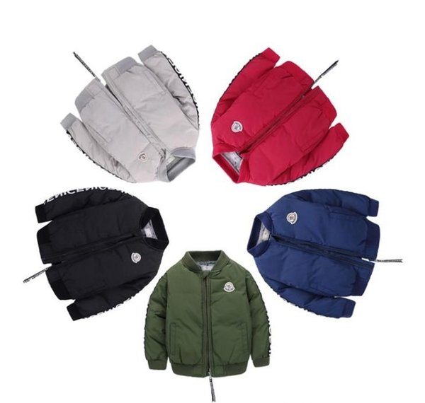 2019 Yeni Boys Aşağı Parkas Ceketler Kış Ceket Erkek Moda Çocuk Kalın Mont Çocuk Rüzgarlık Ceketler Dış Giyim 1 T-7 T 90 CM-130 CM