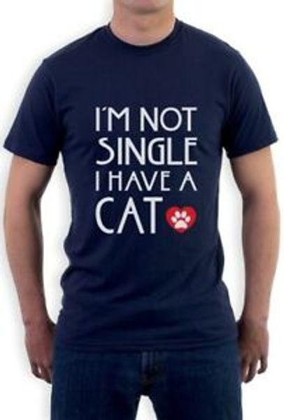 Eu não sou único eu tenho um gato - o melhor pata do gato t-shirt