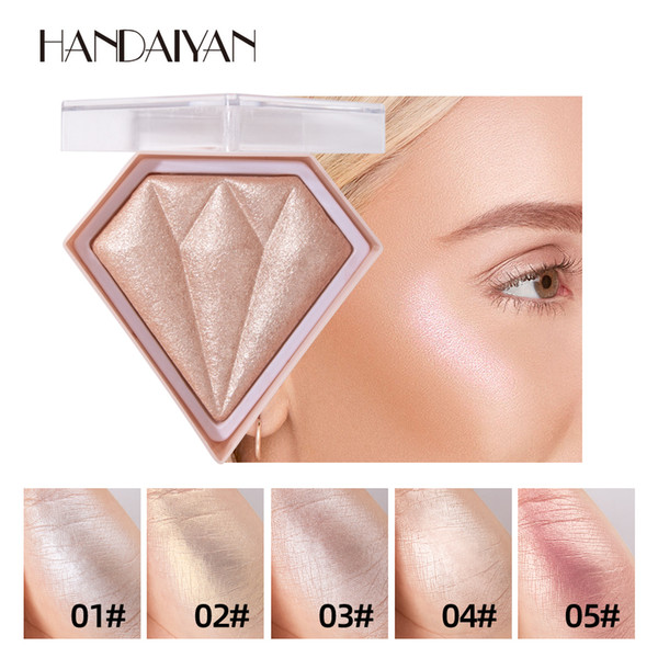 top popular HANDAIYAN Diamond highlighter Powder 3D Brighten Highlight Cosmetics Modified Contour Powder 5 Different Colors for Optional 2021
