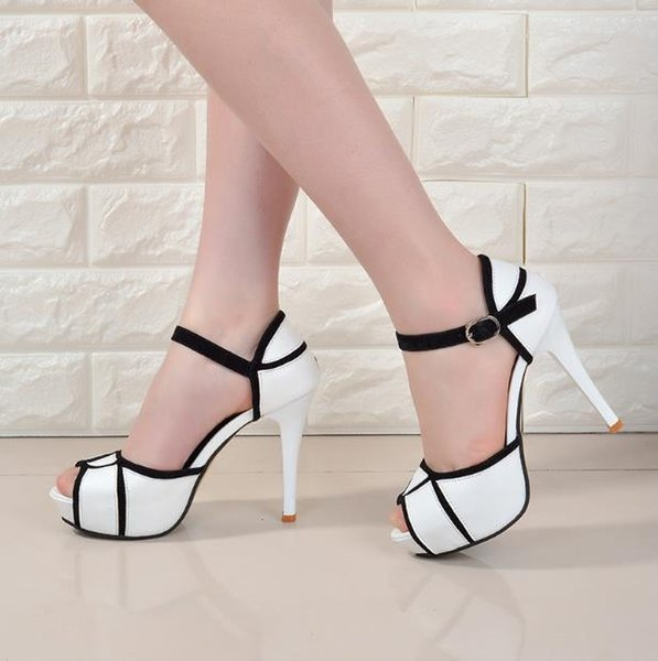 2019summer Hollow Buckle Women's Shoes European And American Fight Color Fish Mouth Fine With High Heels Young Daily Shoes