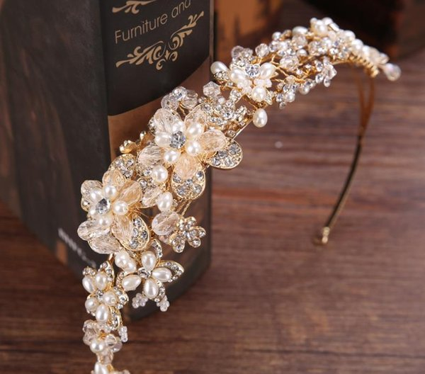 Beautiful Crown Bride White Pearl Handmade Water Diamond Crown Wedding Garment Accessories Crown Hair Ornaments