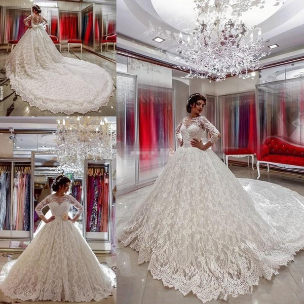 Luxury Lace Wedding Dresses Long Sleeve Ball Gown Bow Sash Arabic Vintage Country Western Bridal Gowns Chapel Train Covered Button