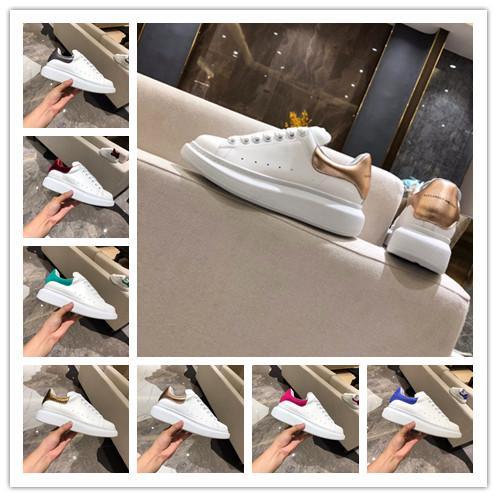 [Con la caja] 2019 nuevo de la manera Mujer Mans diseñador de zapatos blancos de cuero con cordones de zapatos zapatilla de deporte unisex de lujo de zapatos casual de gran tamaño 36-44 zapatillas de deporte