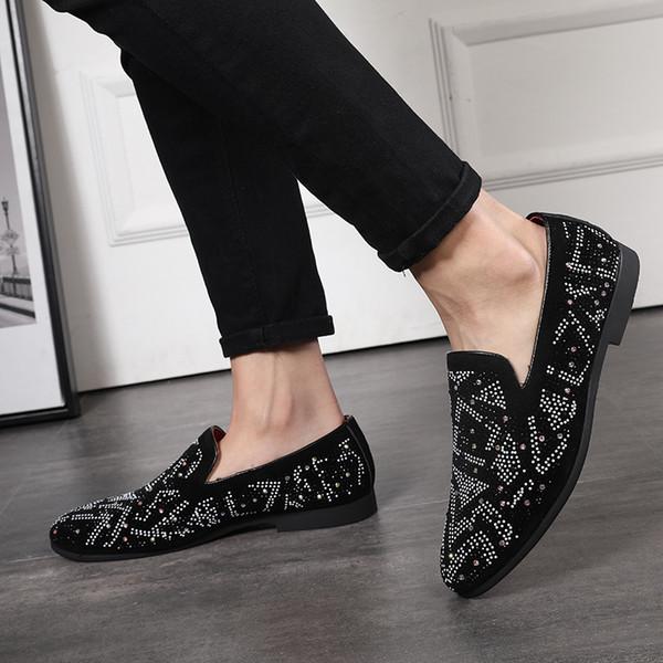 2019 Moda Verão Sapatos de Tiro Sapatos Casuais Inglaterra Inglaterra Apontou Conjunto De Pés de Couro Fosco Strass Único Sapatos Tamanho 38-48