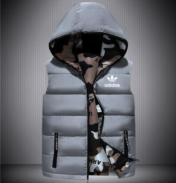 top popular Men's autumn and winter designer hooded sleeveless zip pocket vest men's clothing fashion style casual vest vest clothing 2019