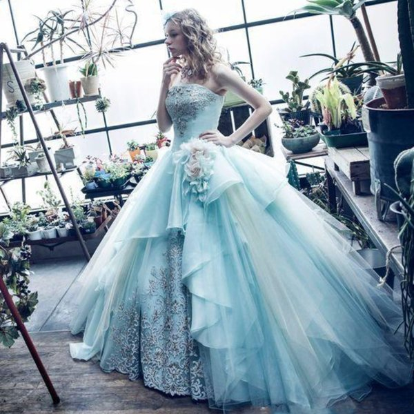Mint Green Princess Ball Gown Quinceanera Dresses New 2019 Lace Appliques Beads Strapless Flowers Evening Prom Party Gowns Sweet 16 Dress