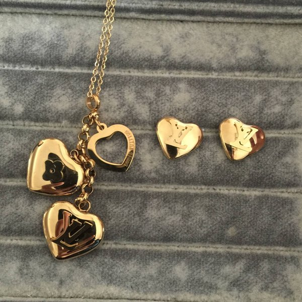 Top qualité Deluxe Marque Designer coeur pendentif colliers boucles d'oreilles lettre bijoux définit 18 k or argent rose or femmes mariage livraison gratuite
